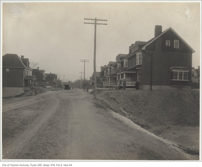 1890? - Havelock Street looking south to College Street