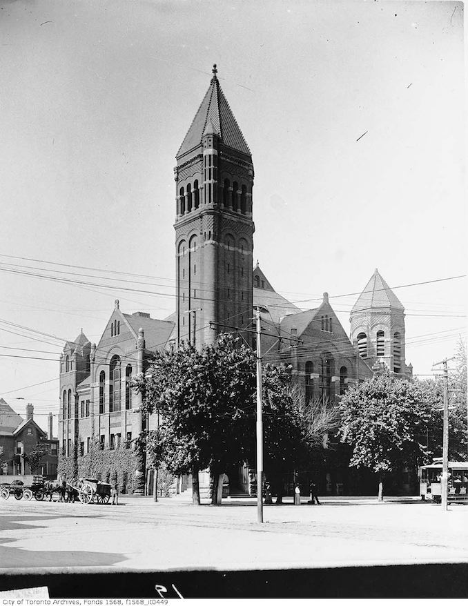 1905 - Broadway Tabernacle, College Street at Spadina Avenue (north-east corner)