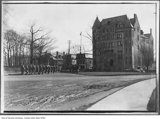1915 - COTC barracks, College Street, looking south