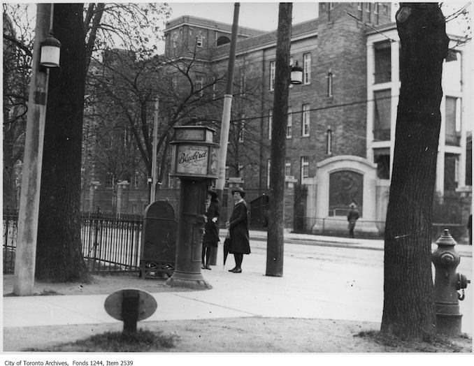 1922 - Northeast corner of College Street and University Avenue