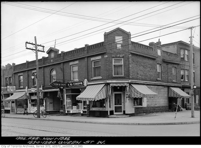 1935 - Nov 1 - 1530-1540 Queen Street West