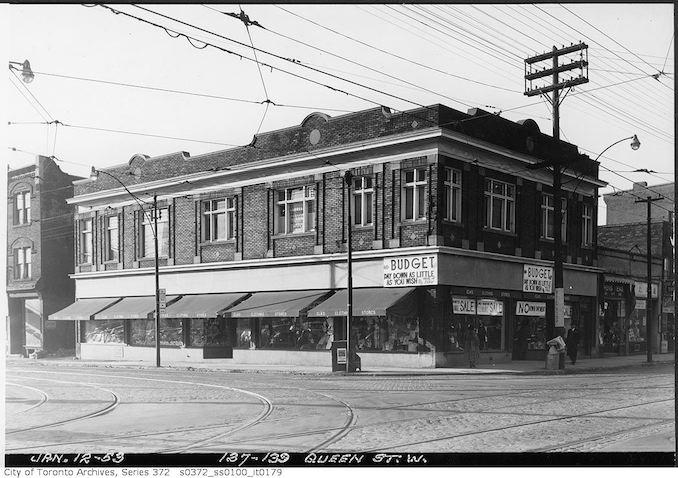 1953 - 137-139 Queen Street West