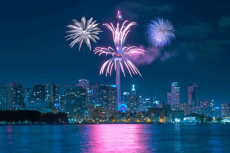 Ashton Tekno Canada Day - Crown