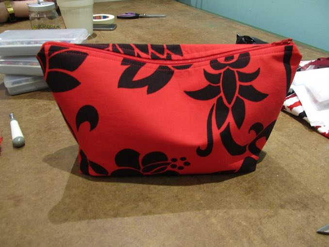 Final outcome from Make Den Sewing FUNdamentals class. Project pouch is a success.