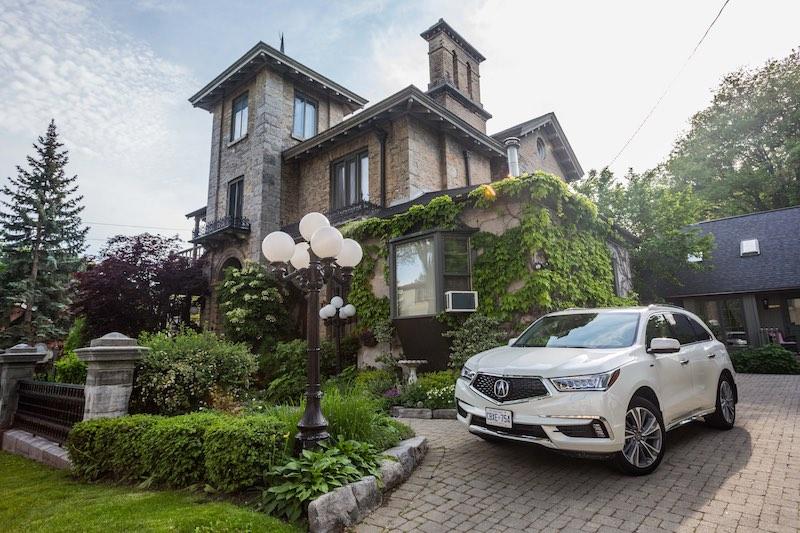 Acura MDX - Rosemount INN and Spa - Kingston