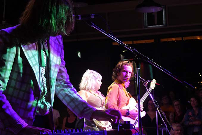 Shannon and the Clams at Night Owl Festival 2017