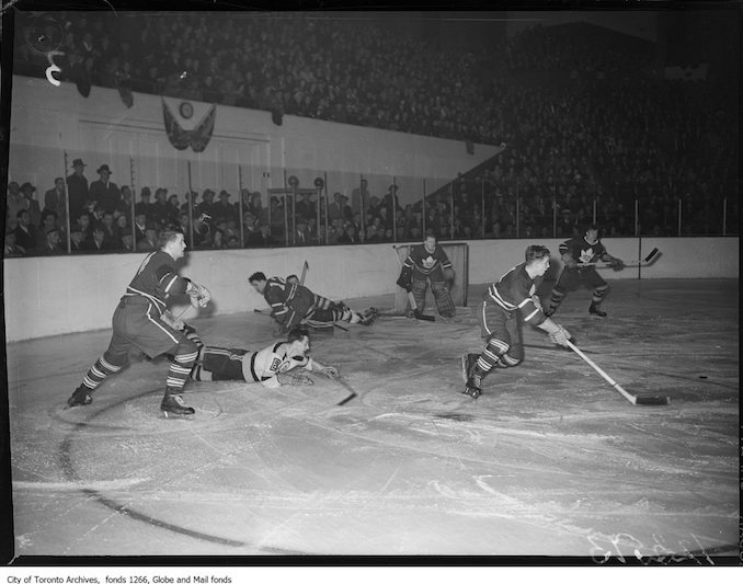 1948 - March 27 - Toronto Boston playoff hockey action