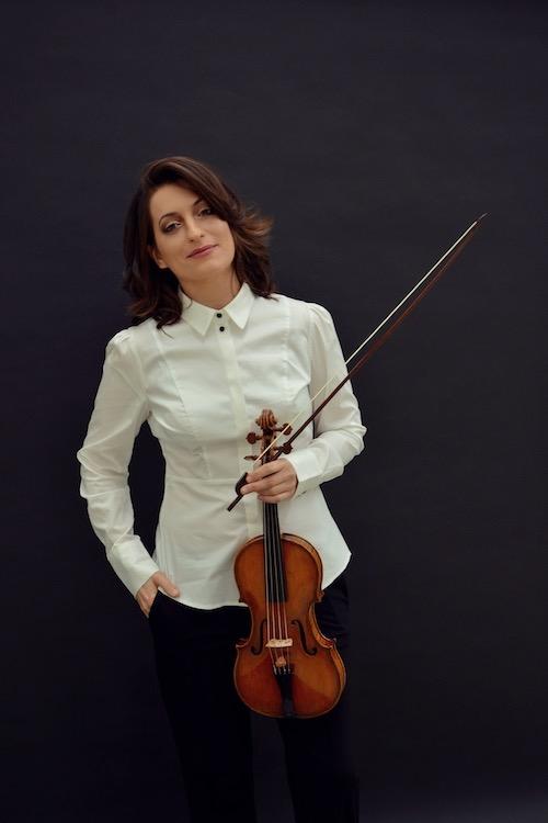 Elissa Citerrio