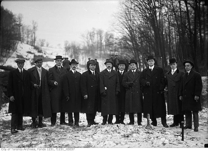1915 - January 16 - Bloor Viaduct construction staff