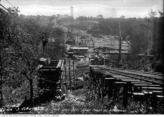 1915 - June 21 - Bloor Viaduct construction looking east (Don Section)