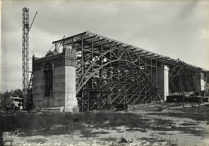 1916 - September 25 - Bloor Street Viaduct under construction, Arch from B to C