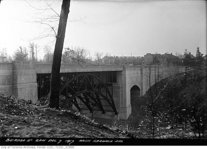 1917 - December 7 - Bloor Viaduct looking southwest to Howard Street