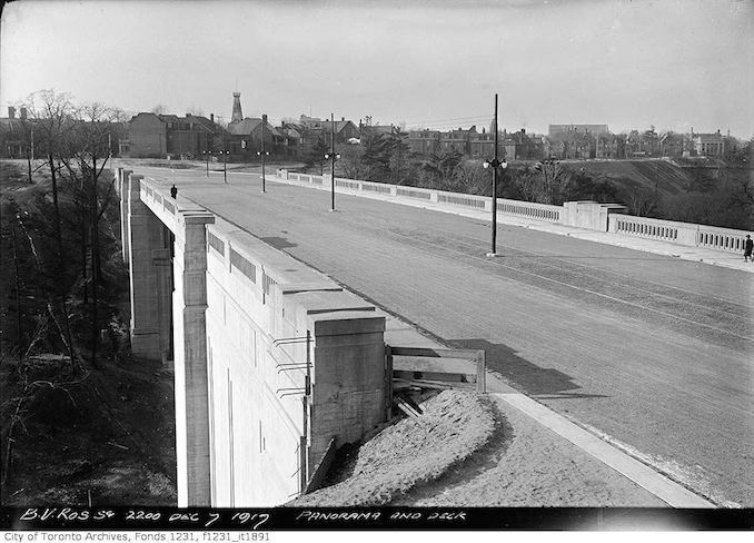 1917 - December 7 - Bloor Viaduct looking west to Parliament Street, panorama and deck