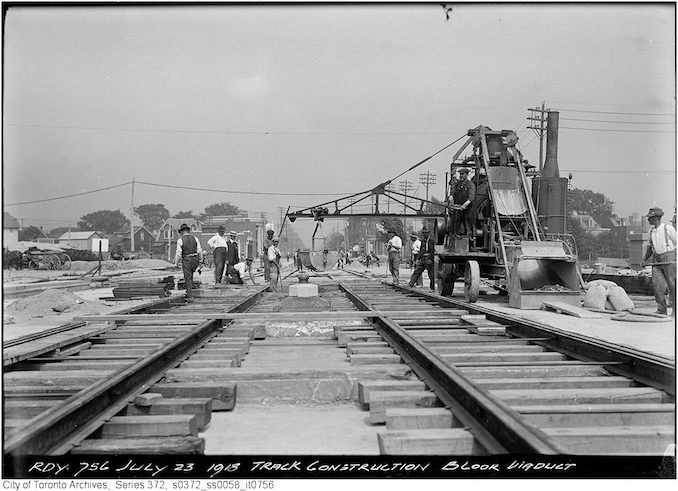 1918 - July 23 - Bloor Viaduct - track construction