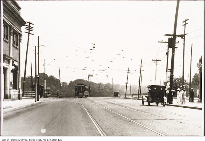 1919 - Looking towards Bloor Viaduct