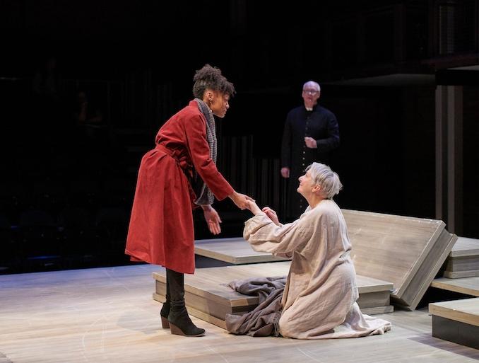Groundling Theatre - Lear - Mercedes Morris, Colin Mochrie, Seana McKenna - Credit - Michael Cooper