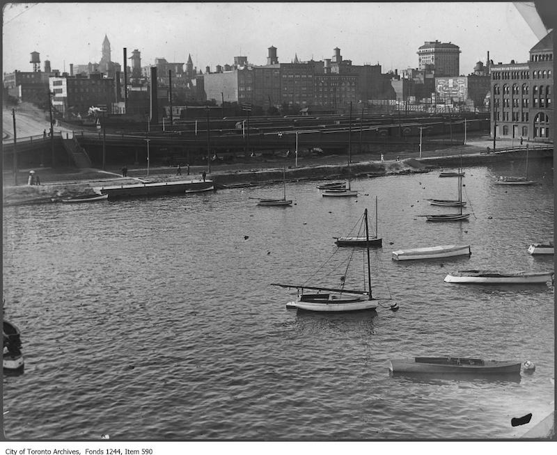 1913 - Waterfront at York Street
