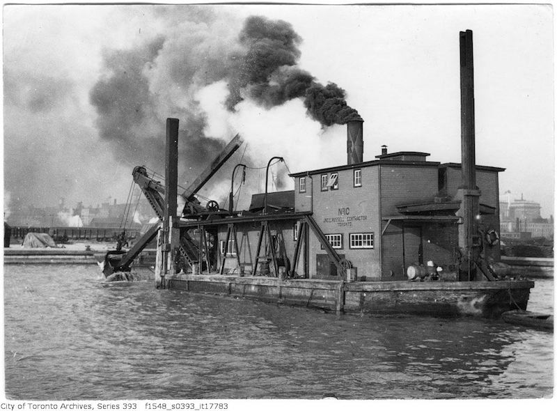 1922 - Toronto waterfront - dredge at work