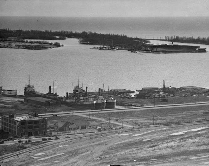 1923 - Toronto waterfront and Island