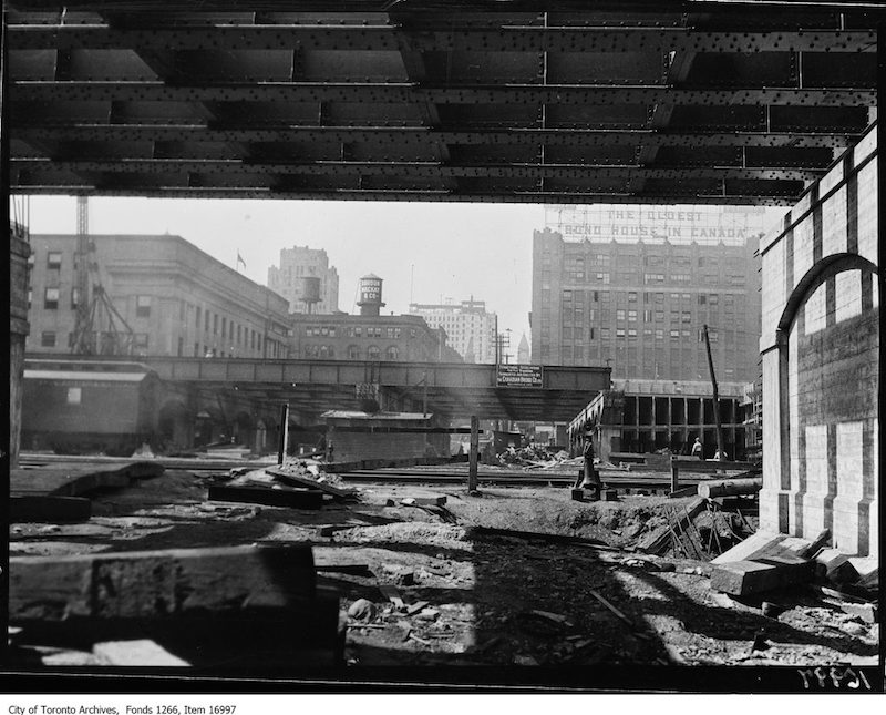 1929 - Viaduct work, view from under Bay Street subway