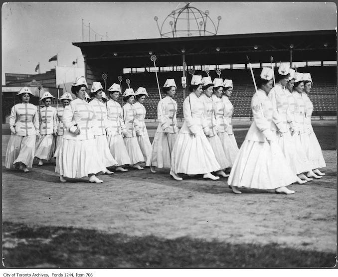 Paramedics - 1911 - St. John Ambulance women