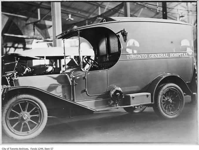 Paramedics - 1912 - 1914 - Ambulance given to the Toronto General Hospital by Sir John Eaton