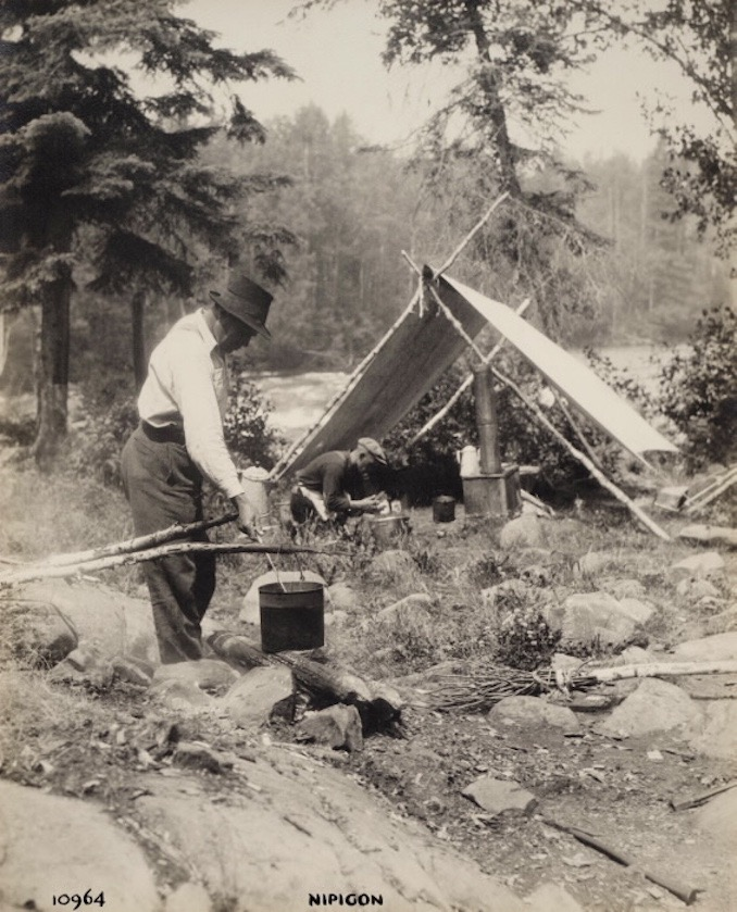 1925 - H. Armstrong Roberts - Nipigon Men cooking