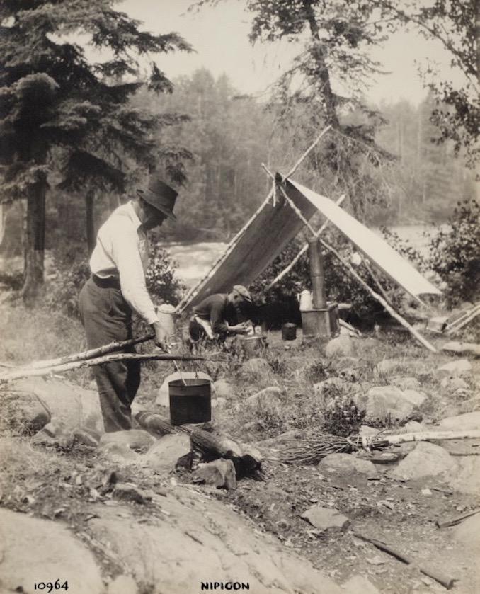 1925 - H. Armstrong Roberts - Nipigon Men cooking
