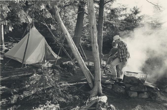 Vintage Ontario - 1987 - Dick Loek - Camping; canoeing