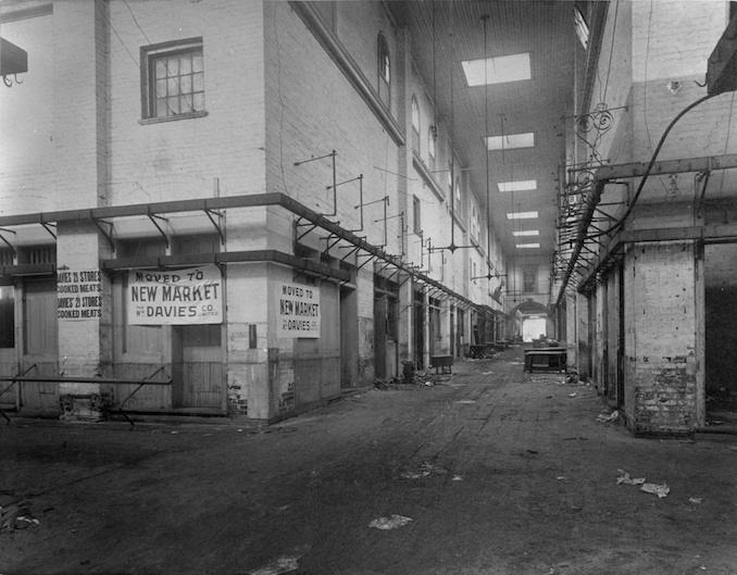 1898 - interior