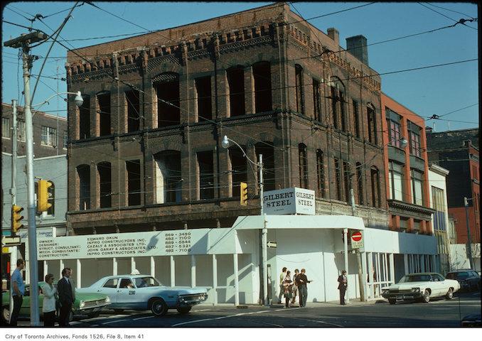 1975 - Church and Richmond
