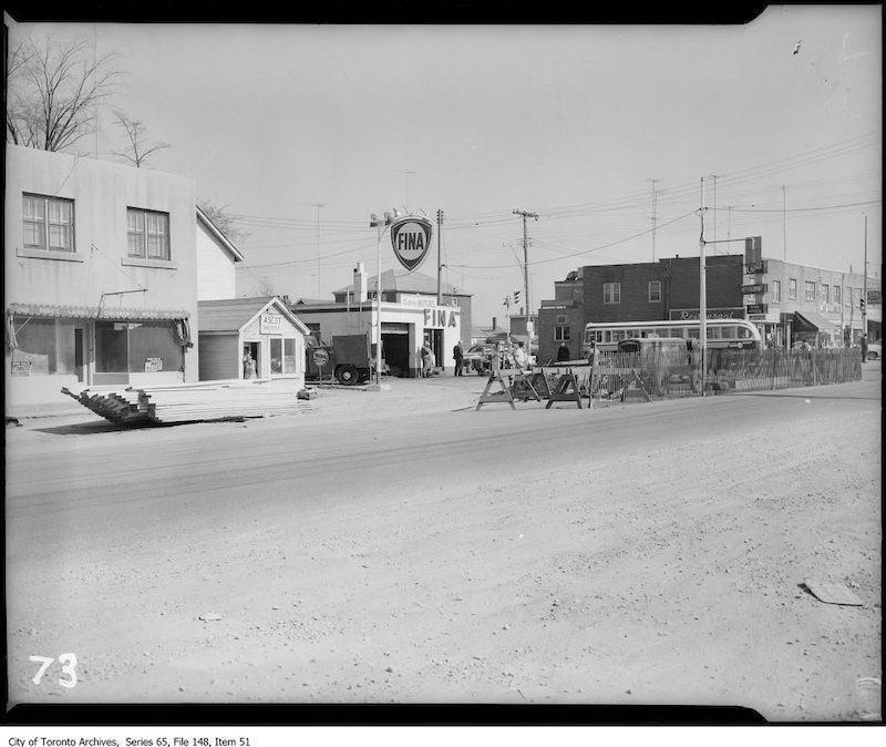 1955 - Dufferin Motors, Ascot Shoe Repair, unoccupied store front, 2863-2867 Dufferin Street, southeast view toward Glencairn Avenue