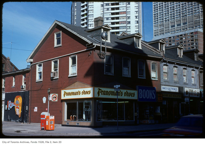 1975 - april 22 - View of Fransman's shoes on the west side of Yonge Street at Irwin Avenue