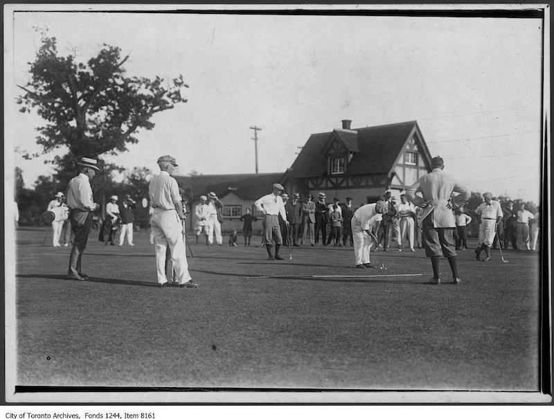 1913 - Cummings plays 16th hole of Lambton Club - old golf photographs in toronto