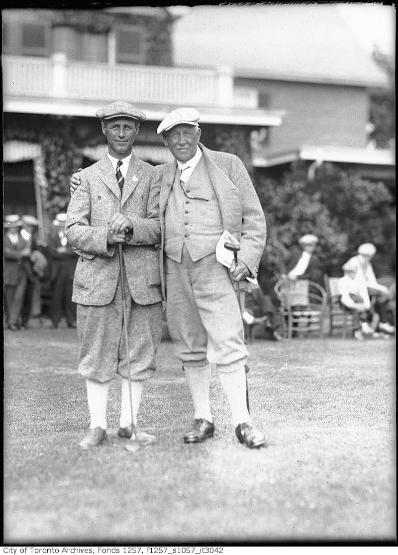 1920 - 40 - W. Freeman dressed for golf - old golf photographs in toronto