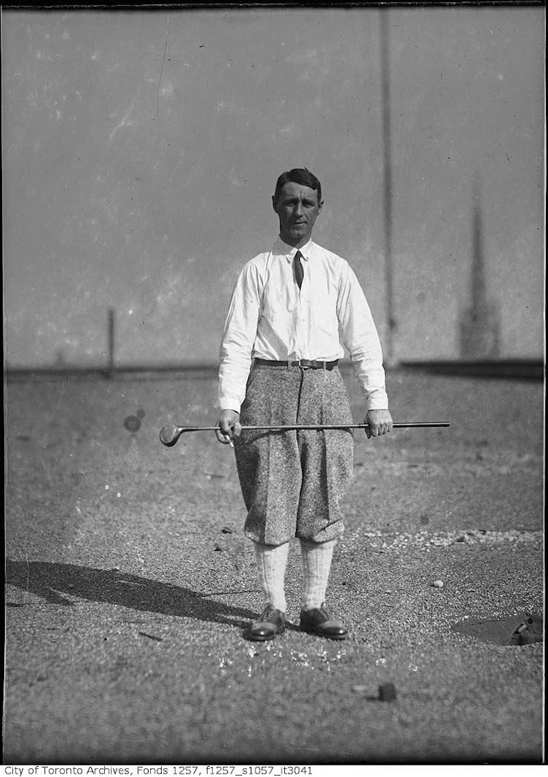 1920 - 40 - W. Freeman golfing - old golf photographs in toronto