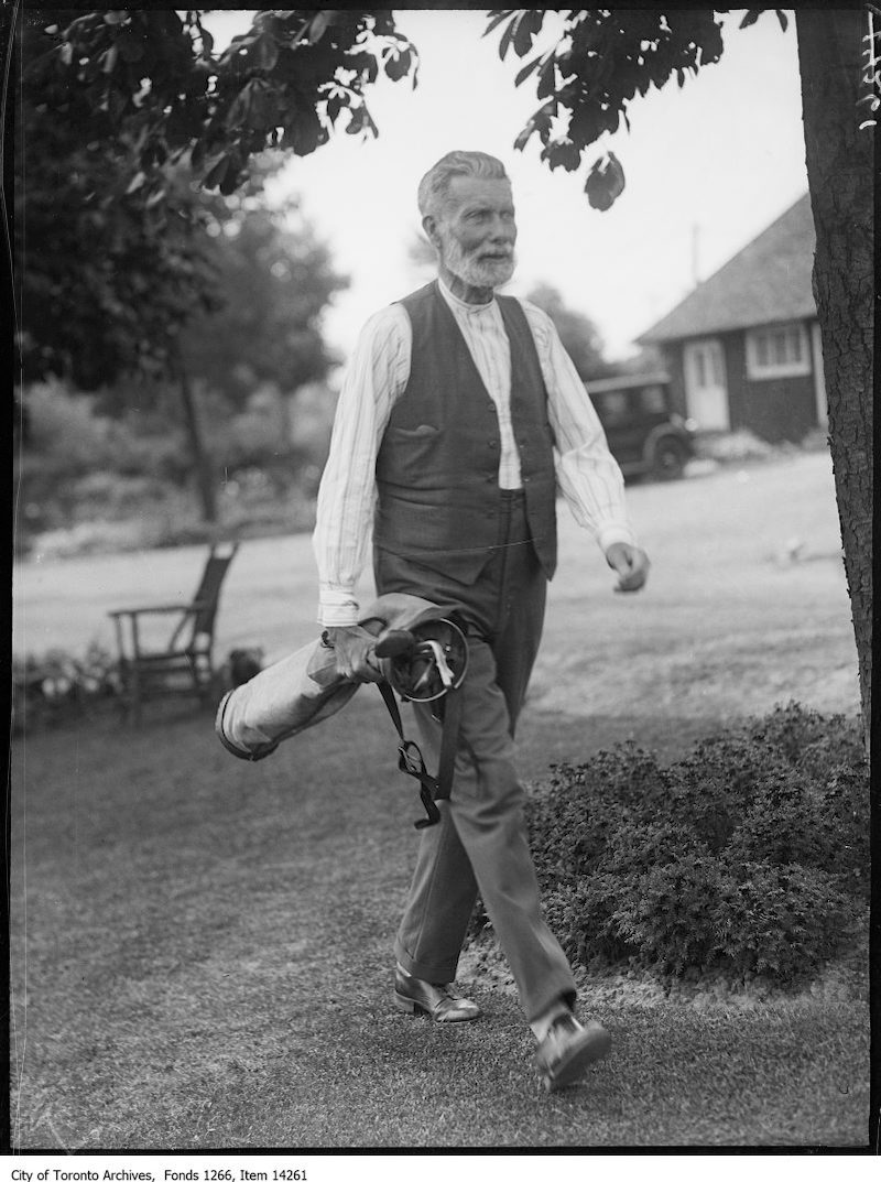 1928 - July 24 - Rosedale Golf, Prof. D. R. Keyes, U. of T., informal