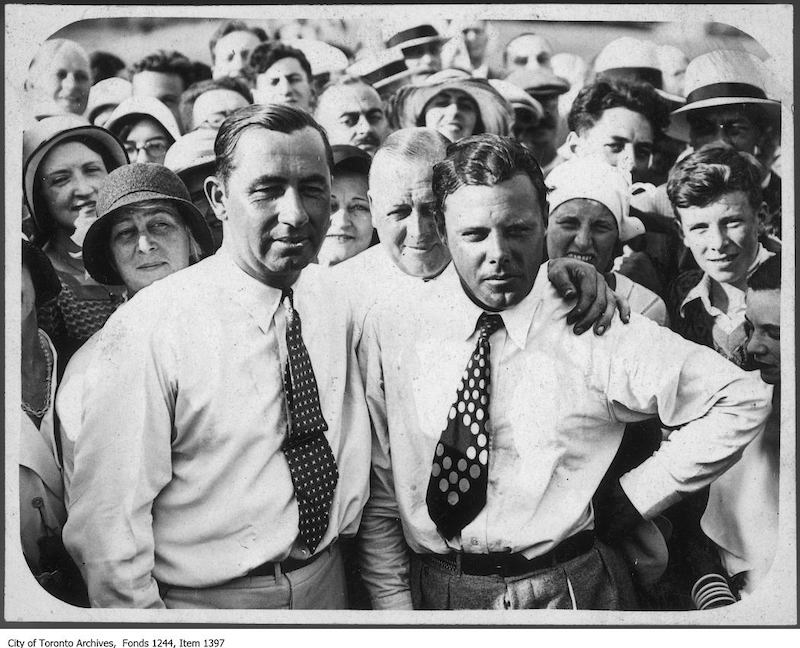 1931 - Walter Hagen (left) wins Canadian Open