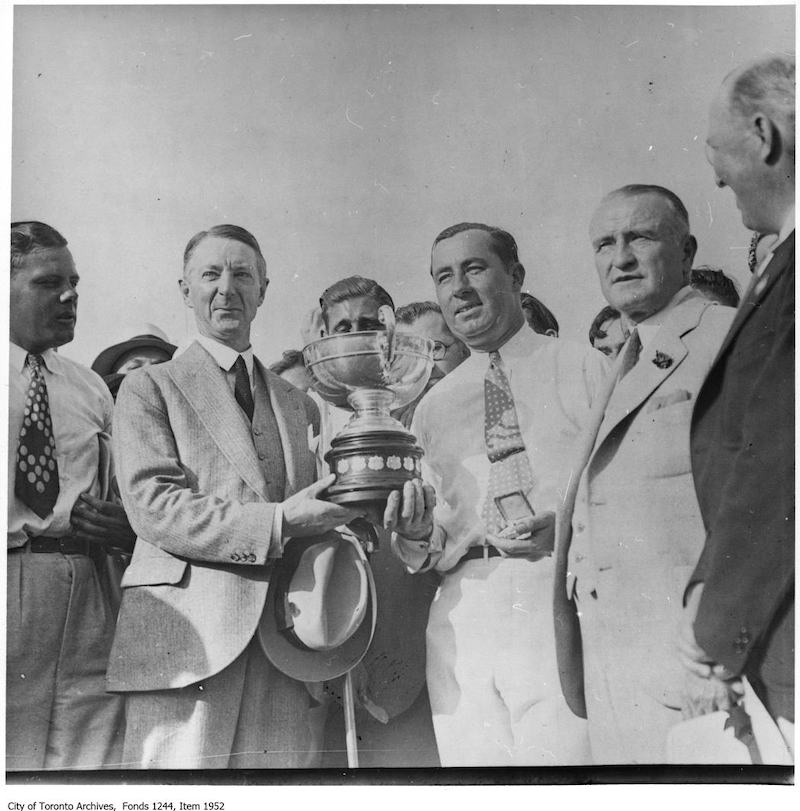 1931 - Walter Hagen wins Canadian Open Golf