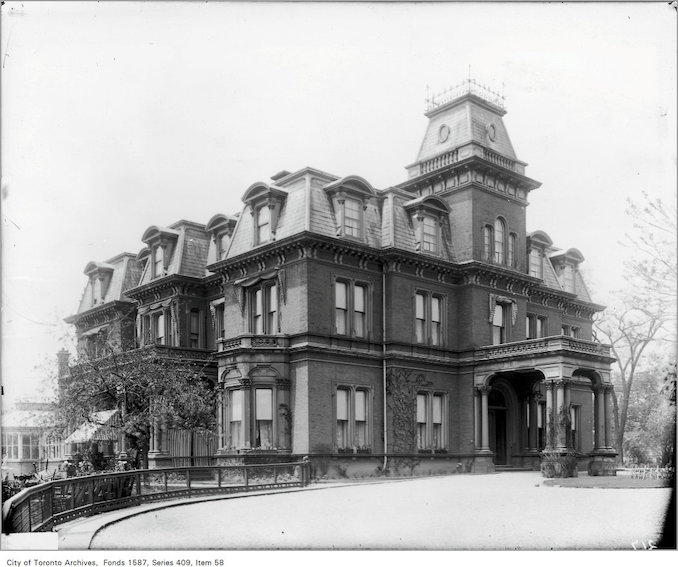 1912 - Government House, Residence of Lieutenant Governor, King Street and Simcoe Street