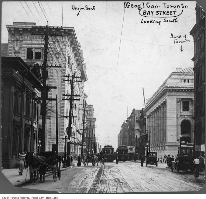 1912 - September 16 - Bay Street looking south across King Street