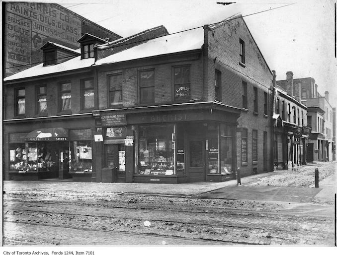 1920 - King Street at Leader Lane