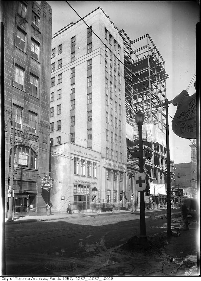 1940? - King Street West and Bay Street