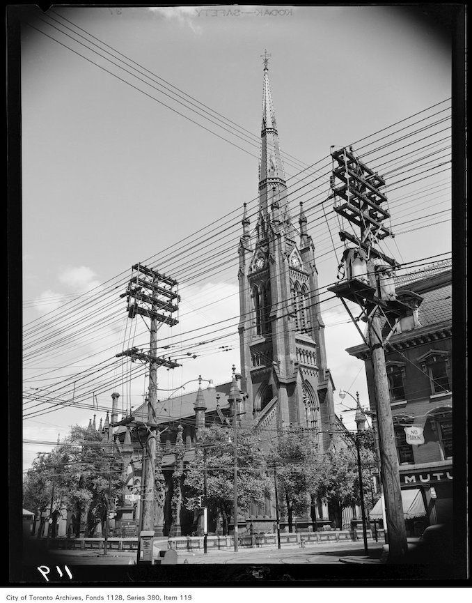 1950 - St. James Cathedral at 106 King Street East