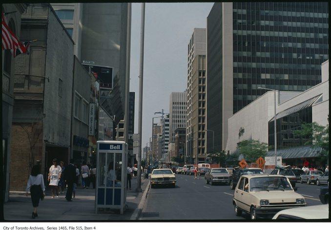1983 - 1989 - Bloor looking west from west of Yonge