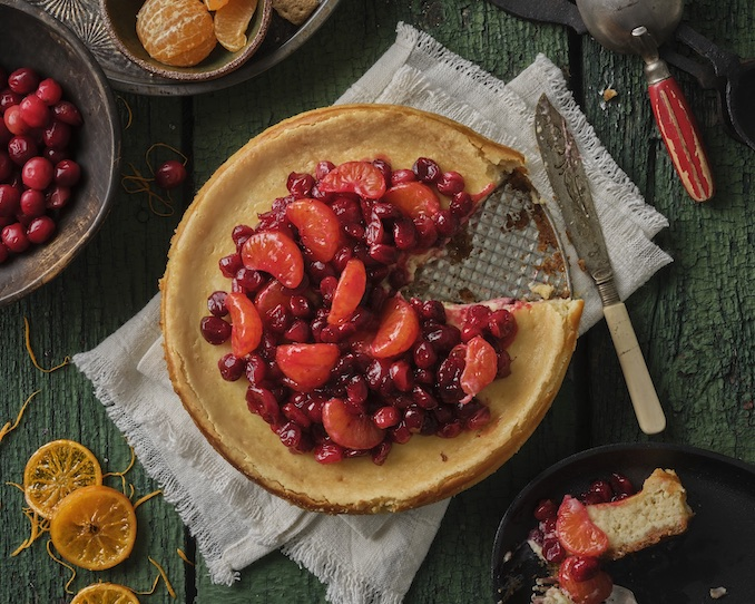 Orange Scented Cheesecake with Cranberry Clementine Sauce1