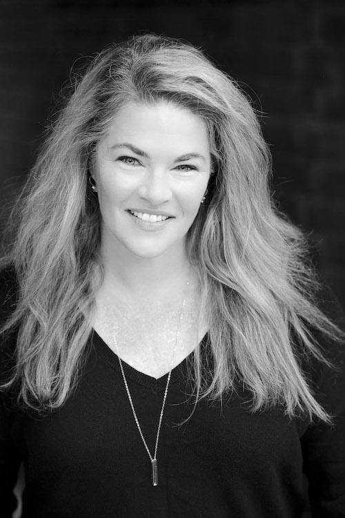 Jane Roos Headshot