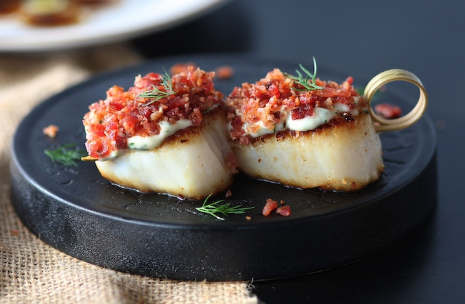 Seared Scallops With Bacon Crumb and Dill 2
