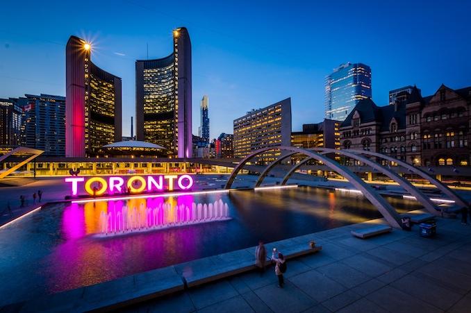 Toronto's Top Hotspots for Entertainment