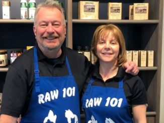 Tony & Lucy, owners of Raw